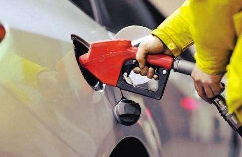 发改委:国内成品油价格按机制上调